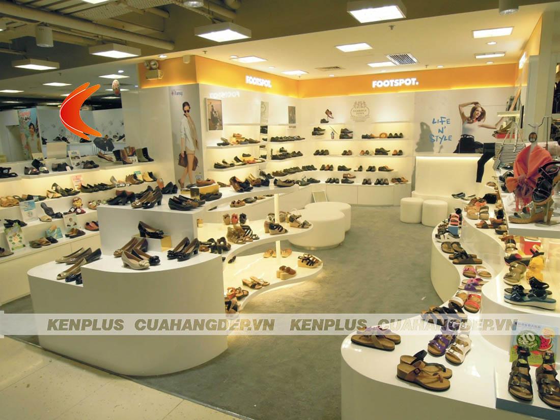 Các yếu tố ảnh hưởng tới giá thiết kế shop giày