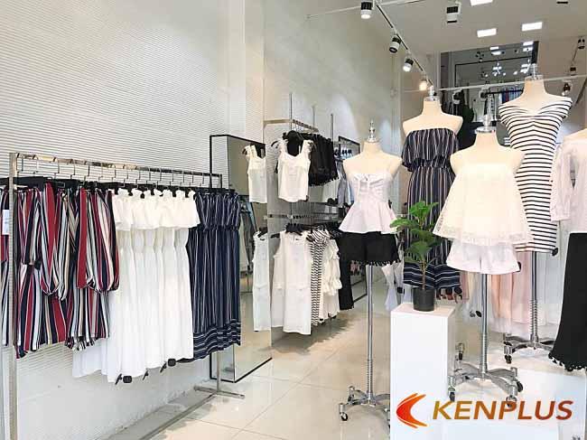 thiết kế cửa hàng phong cách hiện đại